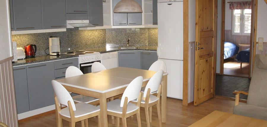 Finland_Saariselka_saariselka_log_cabin_kitchen.jpg